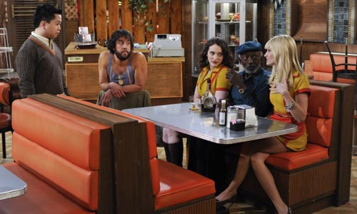 1300818-2-Broke-Girls_CBS_med
